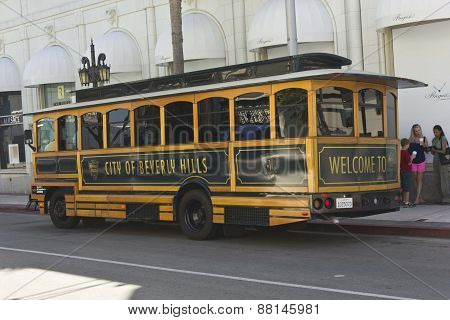 Beverly Hills Tram On The Rodeo Drive