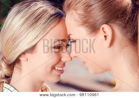 Close up of lesbian couple outdoors
