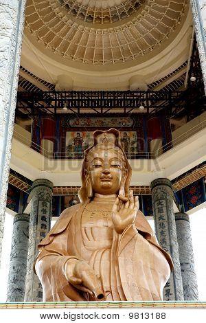 Kuan Yin statue at Kek Lok Si Temp;e