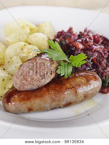 Bratwurst with Red Cabbage and Potatoes