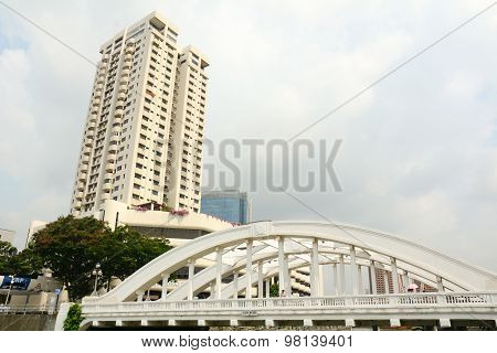 Elgin Bridge, Over The Singapore River