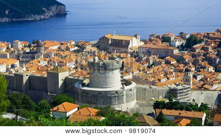 Panoramic views from the top of the ancient city of Dubrovnik