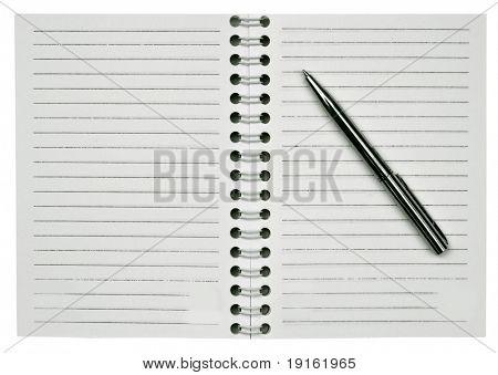 Leere offene Notizblock und ein Stift