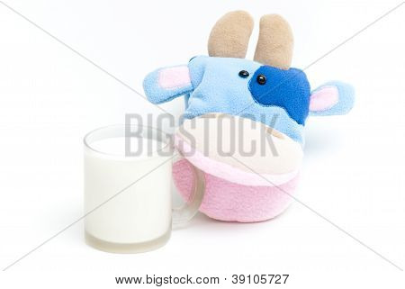 hand soft toy cow