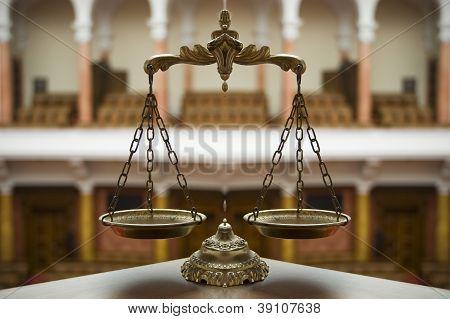 Decorativa balança da Justiça