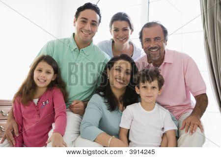 nahöstlichen Familie zu Hause
