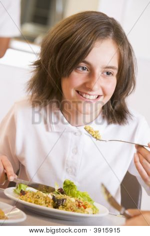 Schüler eating Schule Abendessen