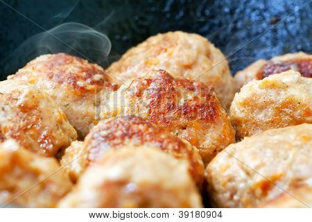 Hot Fried Meatballs