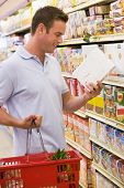 picture of food label  - Man shopping at grocery store - JPG