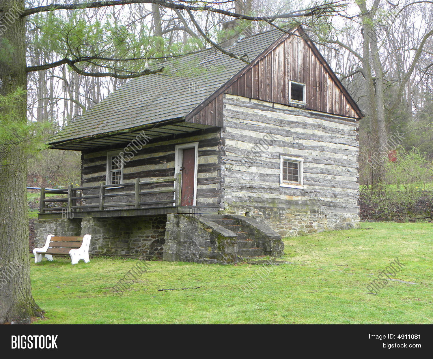 Old Hunting Cabin Image Amp Photo Bigstock