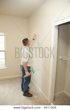 Caulking Walls