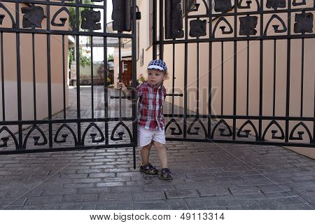 Child Closes The Door