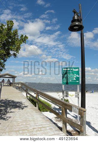 Beach, Pier, Ocean, Welcome, Sanibel Island, Florida, Lamp