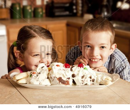 Kids Eager For Ice Cream