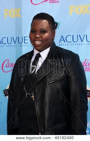 LOS ANGELES - AUG 11:  Alex Newell at the 2013 Teen Choice Awards at the Gibson Ampitheater Universal on August 11, 2013 in Los Angeles, CA