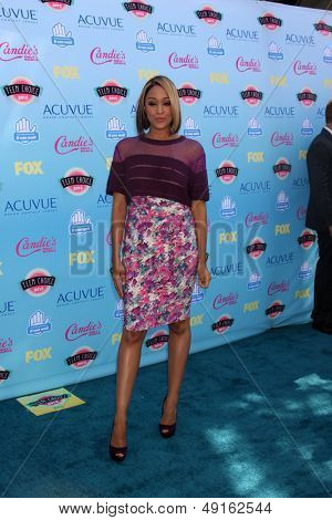 LOS ANGELES - AUG 11:  Tia Mowry at the 2013 Teen Choice Awards at the Gibson Ampitheater Universal on August 11, 2013 in Los Angeles, CA