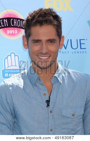 LOS ANGELES - AUG 11:  Jean-Luc Bilodeau at the 2013 Teen Choice Awards at the Gibson Ampitheater Universal on August 11, 2013 in Los Angeles, CA