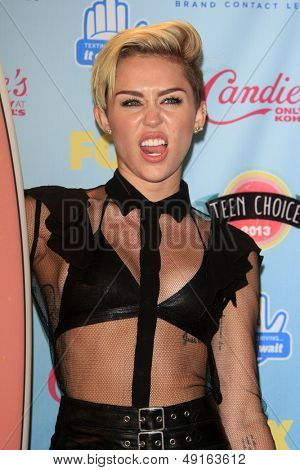 LOS ANGELES - AUG 11:  Miley Cyrus in the 2013 Teen Choice Awards Press Room at the Gibson Ampitheater Universal on August 11, 2013 in Los Angeles, CA