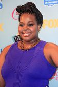 LOS ANGELES - 11 de ago: Amber RIley na sala de imprensa 2013 Teen Choice Awards a Gibson Ampitheat