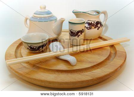 Oriental tableware composition