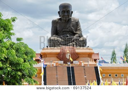 Monk Luang Pu Thuad Statue In Thailand
