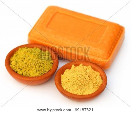 Henna And Sandalwood Powder With Soap