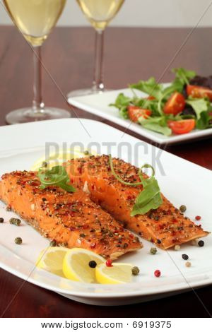 Smoked Salmon With Pepper Crust