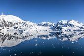 foto of south-pole  - Landscape of ice - JPG