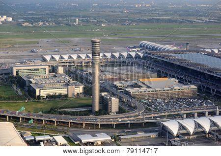 BANGKOK - OCT 27: Bangkok Airport on October 27, 2011 in Bangkok, Thailand. Suvarnabhumi Airport is one of two international airports serving Bangkok, Thailand.