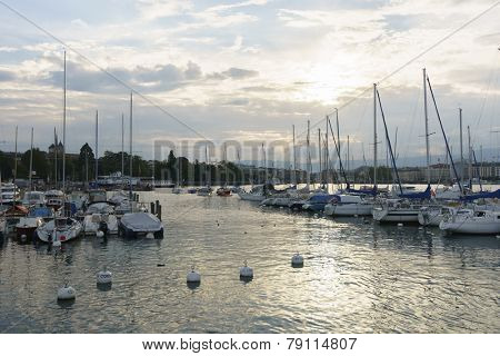 GENEVA - SEP 15: yachts on the lake in center of Geneva on September 15, 2014 in Geneva, Switzerland. Geneva is the second most populous city in Switzerland and is the most populous city of Romandy
