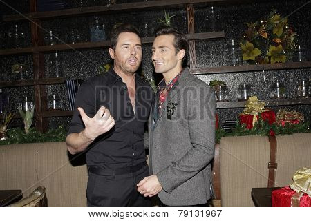 LOS ANGELES - DEC11: Jordan Cappella, Scott Nevins at SPARKLE: An All-Star Holiday Concert to benefit The Actors Fund at Rockwell Table & Stage on December 11, 2014 in Los Angeles, California