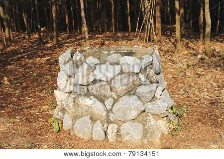 Stone Bin