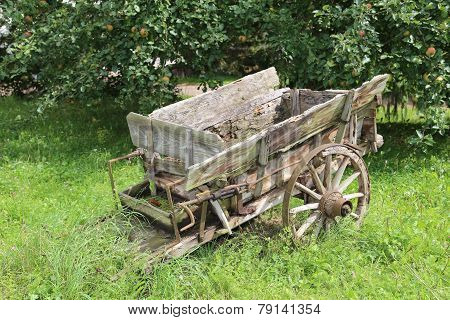wood carriage