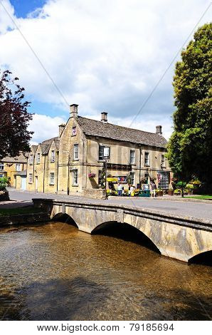 Footbridge over river, Bourton on the Water.