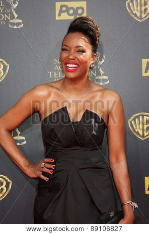 LOS ANGELES - APR 26:  Aisha Tyler at the 2015 Daytime Emmy Awards at the Warner Brothers Studio Lot on April 26, 2015 in Burbank, CA