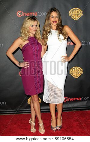 LAS VEGAS - APR 21:  Reese Witherspoon, Sofia Vergara at the Warner Brothers 2015 Presentation at Cinemacon at the Caesars Palace on April 21, 2015 in Las Vegas, CA