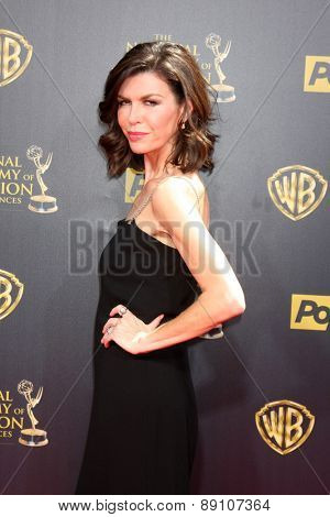 LOS ANGELES - APR 26:  Finola Hughes at the 2015 Daytime Emmy Awards at the Warner Brothers Studio Lot on April 26, 2015 in Burbank, CA