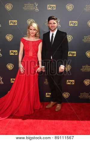 LOS ANGELES - APR 26:  Linsey Godfrey, Robert Adamson at the 2015 Daytime Emmy Awards at the Warner Brothers Studio Lot on April 26, 2015 in Burbank, CA