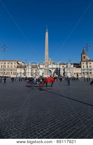 Piazza Del Popolo In Central Rome