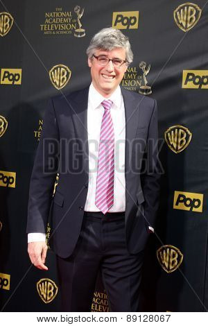 LOS ANGELES - APR 26:  Mo Rocca at the 2015 Daytime Emmy Awards at the Warner Brothers Studio Lot on April 26, 2015 in Burbank, CA
