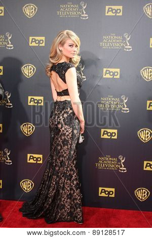 LOS ANGELES - APR 26:  Kim Matula at the 2015 Daytime Emmy Awards at the Warner Brothers Studio Lot on April 26, 2015 in Burbank, CA