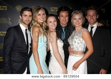 LOS ANGELES -APR 26: Max Erlich, Melissa Ordway, Hunter King, Matthew Atkinson, Kelli Goss, Lachlan Buchanan at the 2015 Daytime Emmy Awards at the Warner Brothers on April 26, 2015 in Los Angeles, CA