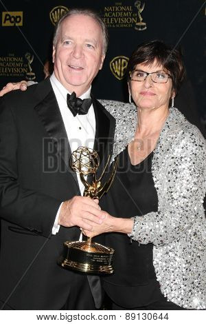 LOS ANGELES - APR 26:  Ken Corday, Jill Farren Phelps at the 2015 Daytime Emmy Awards at the Warner Brothers Studio Lot on April 26, 2015 in Los Angeles, CA