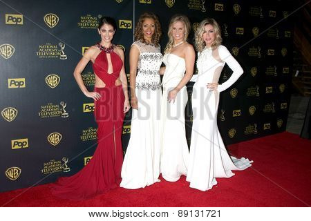 LOS ANGELES - APR 26:  Lindsay Hartley, Chrystee Pharris, Crystal Hunt, Donna Mills at the 2015 Daytime Emmy Awards at the Warner Brothers Studio Lot on April 26, 2015 in Los Angeles, CA
