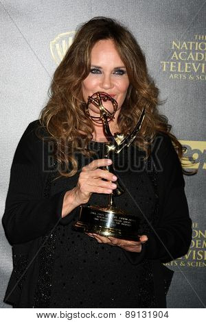 LOS ANGELES - APR 26:  Catherine Bach at the 2015 Daytime Emmy Awards at the Warner Brothers Studio Lot on April 26, 2015 in Los Angeles, CA