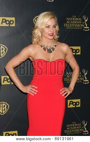 LOS ANGELES - APR 26:  Jessica Collins at the 2015 Daytime Emmy Awards at the Warner Brothers Studio Lot on April 26, 2015 in Los Angeles, CA