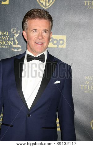 LOS ANGELES - APR 26:  Alan Thicke at the 2015 Daytime Emmy Awards at the Warner Brothers Studio Lot on April 26, 2015 in Los Angeles, CA