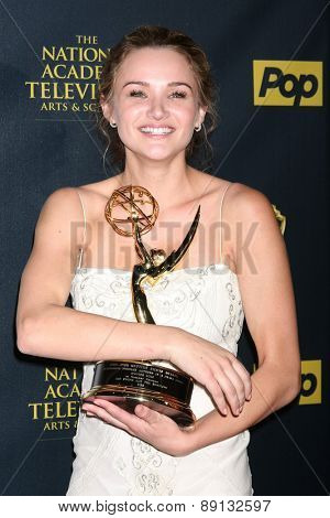 LOS ANGELES - APR 26:  Hunter King at the 2015 Daytime Emmy Awards at the Warner Brothers Studio Lot on April 26, 2015 in Los Angeles, CA
