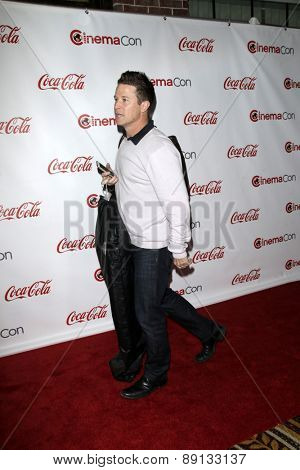 LAS VEGAS - APR 23:  Billy Bush at the CinemaCon Big Screen Achievement Awards at the Caesars Palace on April 23, 2015 in Las Vegas, NV