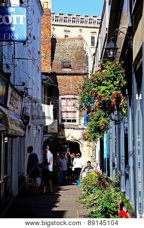 Narrow Alleyway, Gloucester.